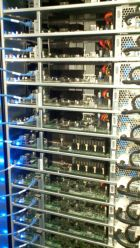 Facebook-server-stack-140w