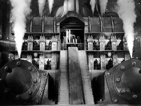 Underground engine room. Metropolis (1927)