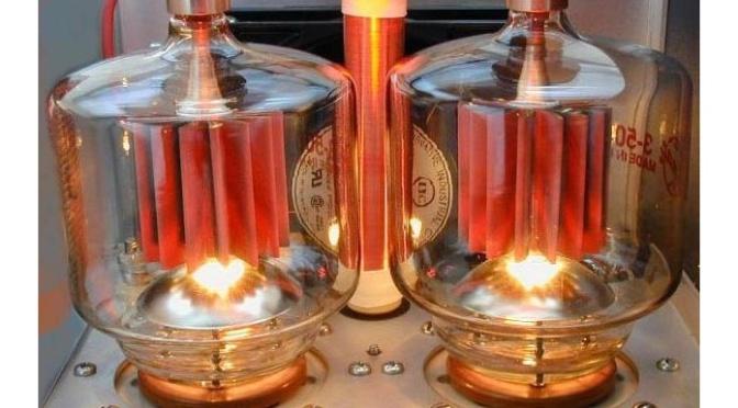 Vacuum tubes' magic, 1940